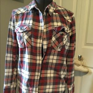 Long sleeve flannel shirt.
